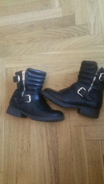 31 dydžio pašiltinti sezoniniai batai