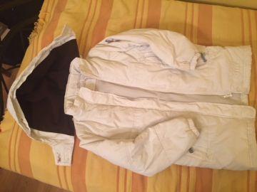 Balta rudeninė (šiltesnė) striukė 10-11 metų mergaitei