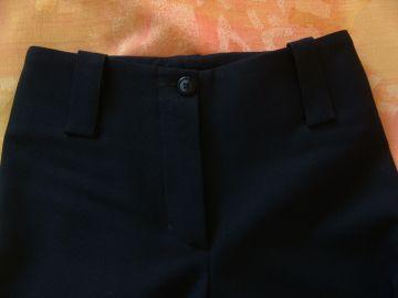 Uniforminės/kostiuminės tamsiai mėlynos kelnės  (10-12 m.)