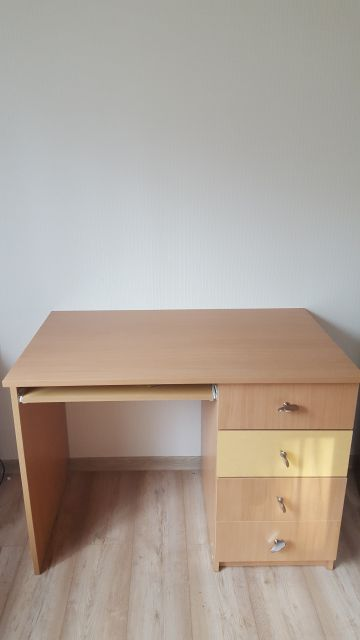 Parduodame vaiko kambario baldus