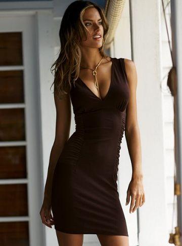168. Flirty super SEXY suknutė su dailia iškirpte priekyje