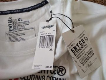 Nauja medvilnės maikė su etiketėmis
