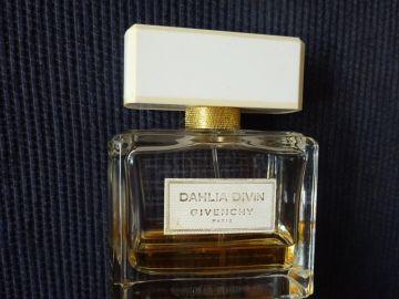 Kvepalai Givenchy Dahlia Divin EDP