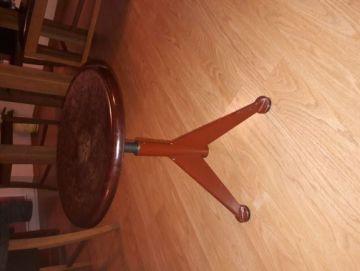 Pianino kėdutė, reguliuojama