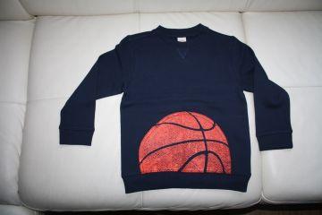 Džemperis berniukui su krepšinio kamuoliu