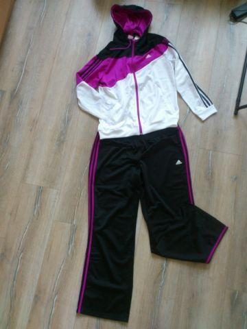 Adidas naujas sportinis / laisvalaikio kostiumas
