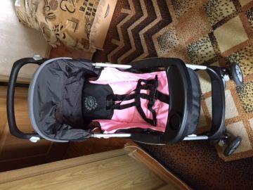 Vaikišką vežimėlį Peg Perego Aria mergaitei
