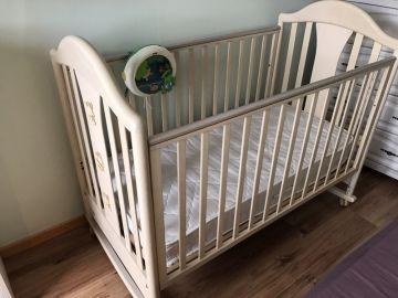 Itališka lovytė Pali Cuccioli Bleached ir Čiužinys PALI Baby Mattress